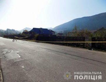 Ужасное ДТП в Закарпатье: Пострадавшую сразу увезли в реанимацию, виновник исчез без следа (ФОТО)