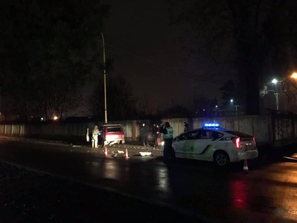 На улице Шумной пьяный водитель влетел в столб (ФОТО)